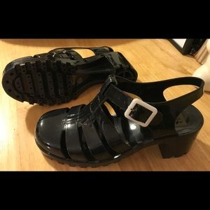 Shoes - Black jelly sandals with heel, size 8.5.